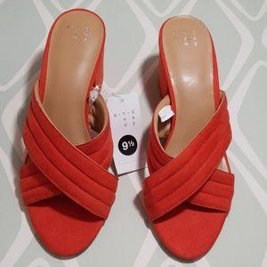 A new day orange slip on block sandals 9.5